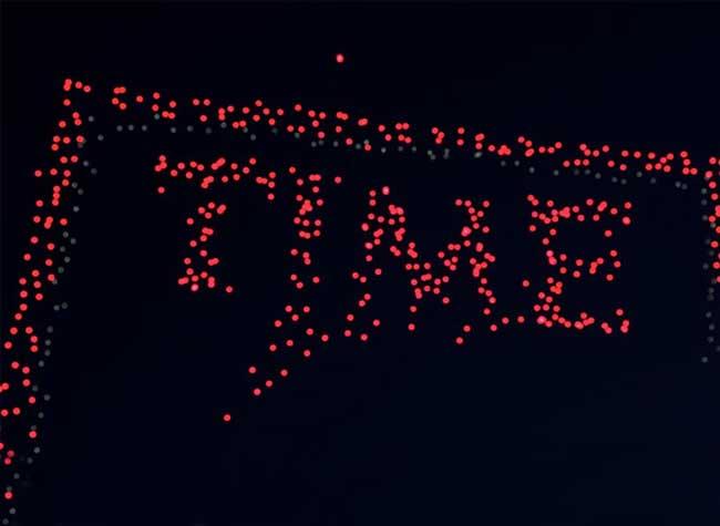 time magazine couverture intel drones 2 - 958 Drones pour une Couverture Aérienne du Time Magazine