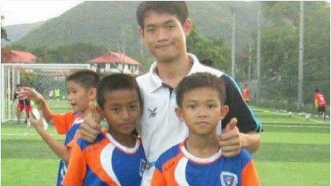 enfants entraineur foot ekkapol chantawong thailande grotte