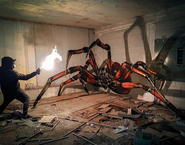 street art insectes anamorphose sergio odeith, Il Peint des Insectes Géants en 3D d'un Réalisme Saisissant