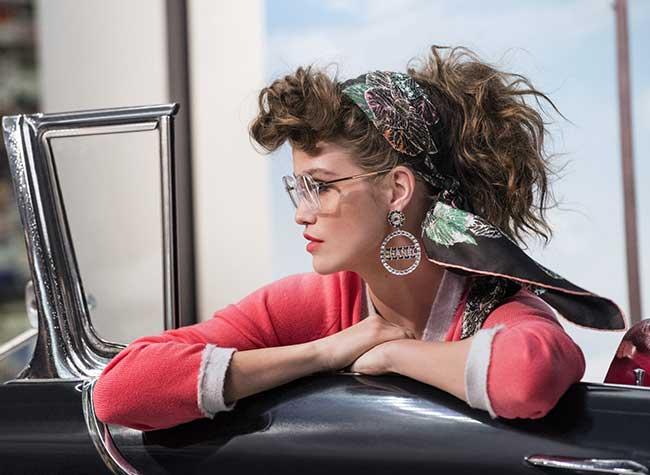 chanel lunettes soleil hiver 2018 2019 femmes campagne, Belle et Rebelle la Femme Chanel en Lunettes de Soleil
