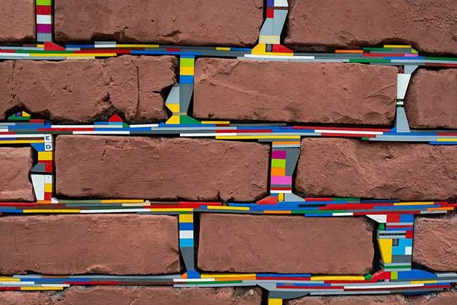 jan vormann lego art murs dispatchwork, Cet Artiste Rapièce avec des Lego les Murs et Invite à en Faire de Même