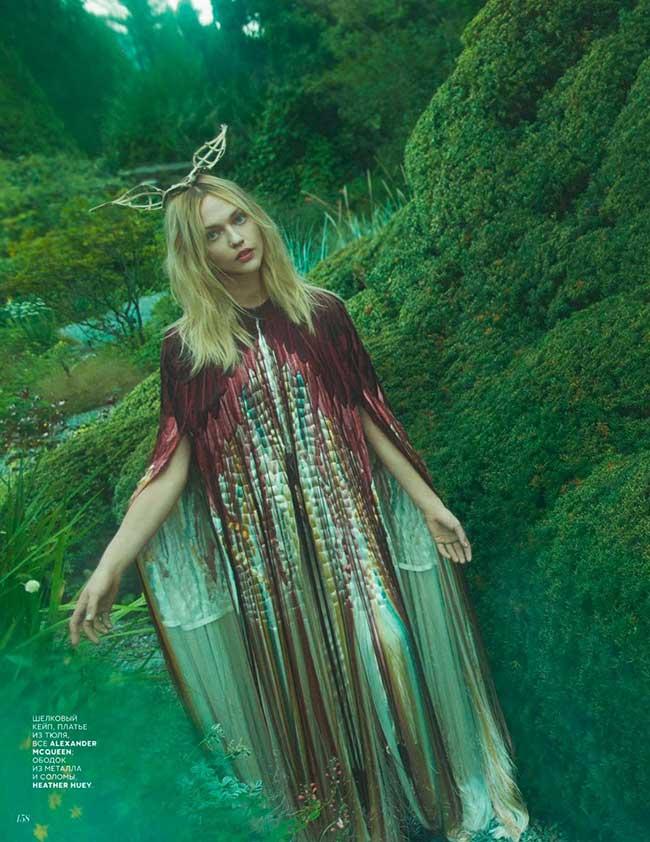 sasha-pivovarova-vogue-russia-emma-summerton, Sasha Pivovarova Egérie Retro et en Fleur pour Vogue