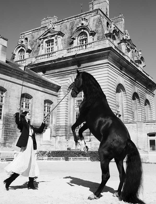 style-femme-equestre-kendall-jenner-mode-elle, Kendall Jenner à Cheval sur le Style pour Elle