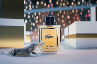 campagne pub lacoste parfum noel fetes 2018 1 331x219 - Lacoste Donne Vie à son Crocodile pour les Fêtes de Noel
