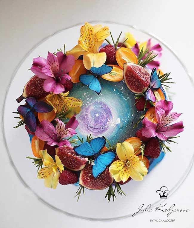 Gateaux Yulia Kedyarova, Cosmos et Jardins Secrets dans de Gourmands Gateaux