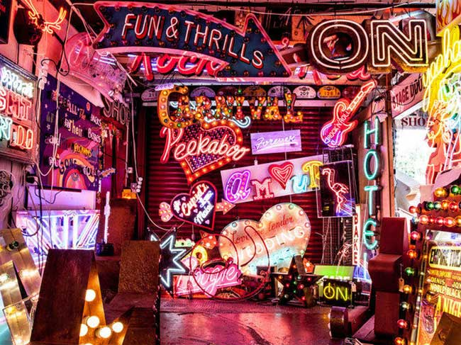 pub cafe londres gods own junkyard neon collection