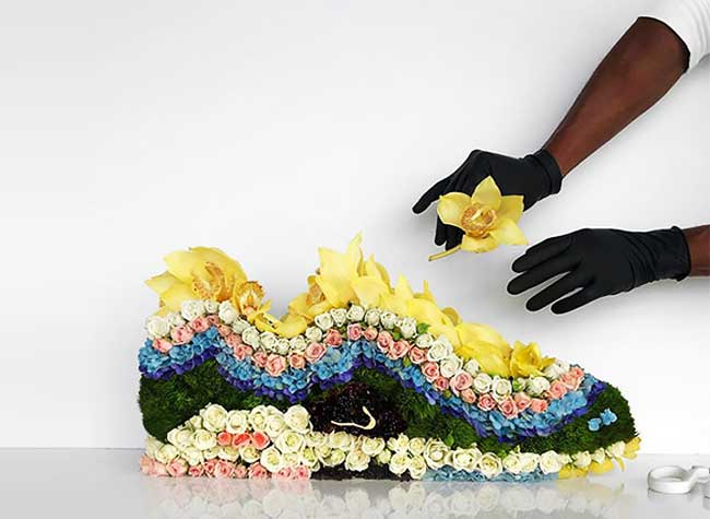 Baskets fleurs Mr Flower, Avec des Fleurs Il Sculpte les Plus Populaires Baskets