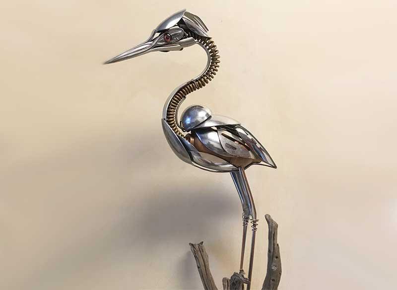 Sculptures oiseaux Matt Wilson, Il Sculpte des Oiseaux avec des Fourchettes et des Cuillères