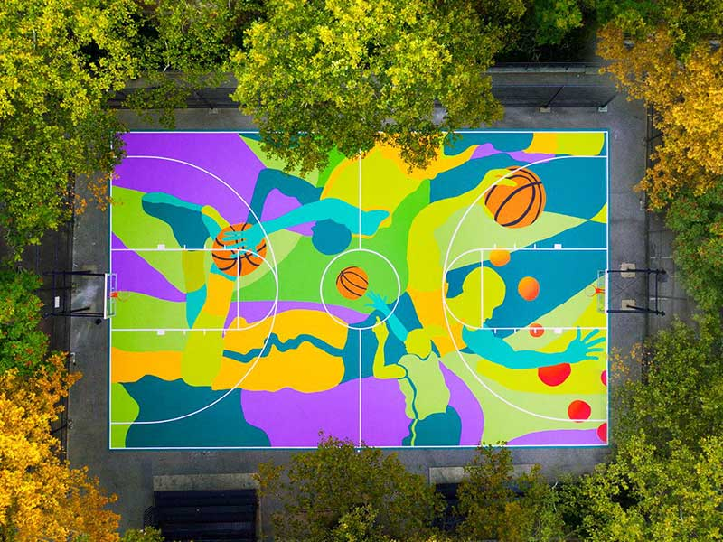 fresque terrain basket new york madsteez street art maxitendance 3 - Il Transforme un Terrain de Basket en Fresque Artistique (video)