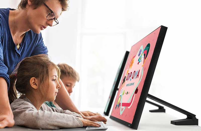 Ecrans Samsung Space Monitor, Samsung Space Monitor, Astucieux Ecrans QHD / UHD (video)
