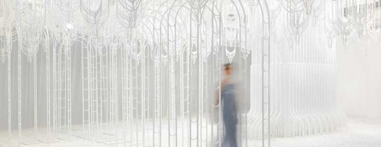 pamela tan eden installation art 1 770x297 - Eden, un Paradis Blanc en Installation d'Art Immersive