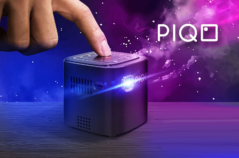 piqo projector projecteur full hd mini connecte petit prix 1 - PIQO, le Plus Petit Projecteur HD Connecté au Monde