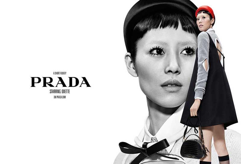 prada femme campage ete 2019 3 - La Femme Prada s'Affiche cet Eté en Double Exposition