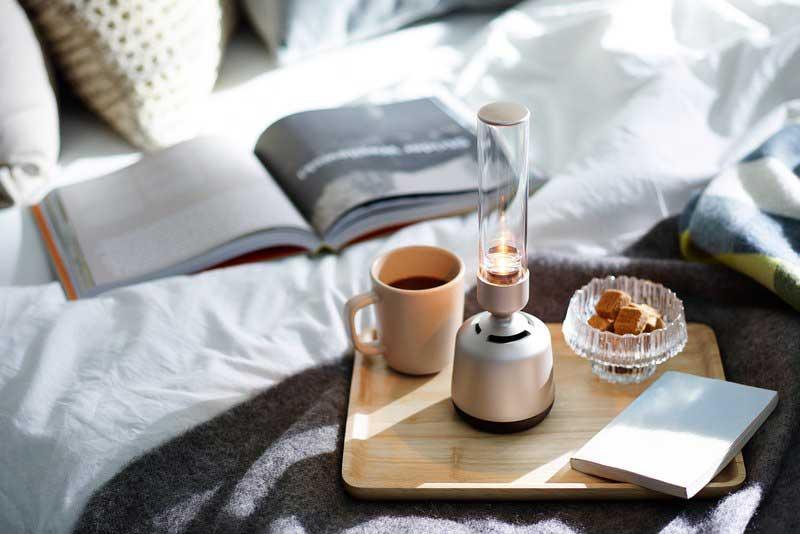 sony lspx s2 enceinte verre connectee lampe prix 1 - Enceinte Connectée en Verre aux Airs de Lampe à Pétrole (video)