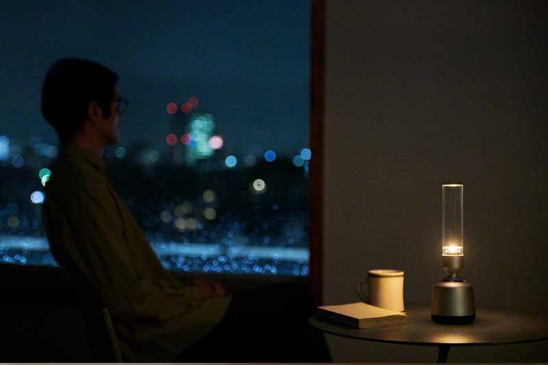 Sony enceinte lspx s2, Enceinte Connectée en Verre aux Airs de Lampe à Pétrole (video)