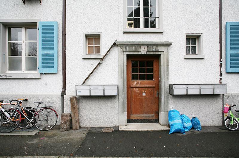 echelles chats ville cat ladders brigitte schuster 3 - Échelles pour Chats Fleurissent sur les Maisons en Suisse