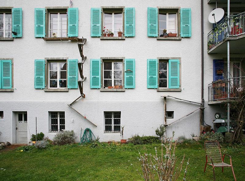 echelles chats ville cat ladders brigitte schuster 5 - Échelles pour Chats Fleurissent sur les Maisons en Suisse