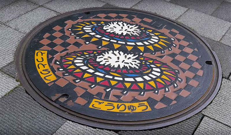 festival salon plaque egout fonte japon street art 7 - Salon des Plaques d'Égout un Art Venu du Japon