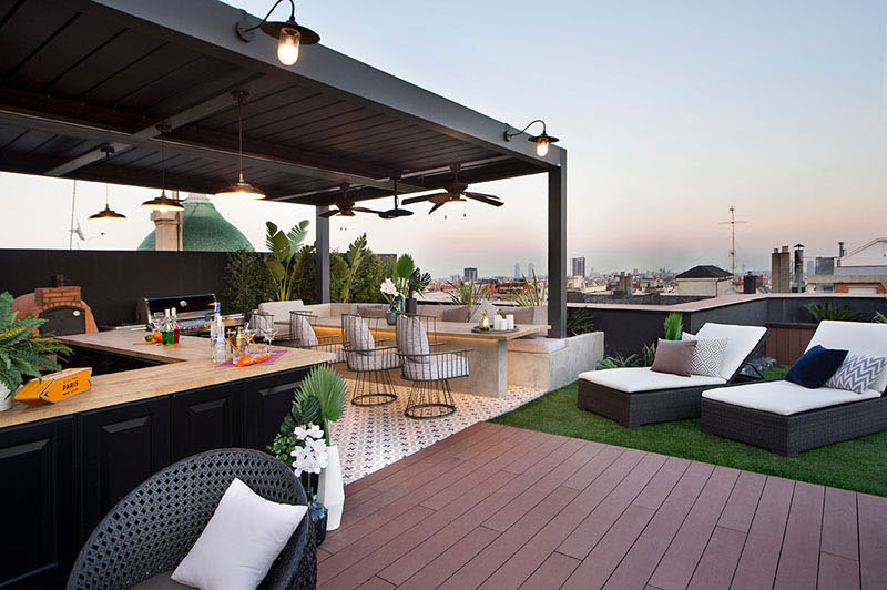 appartement terrasse toit barcelone 2 - Terrasse avec Jacuzzi sur les Toits d'un Appartement à Barcelone