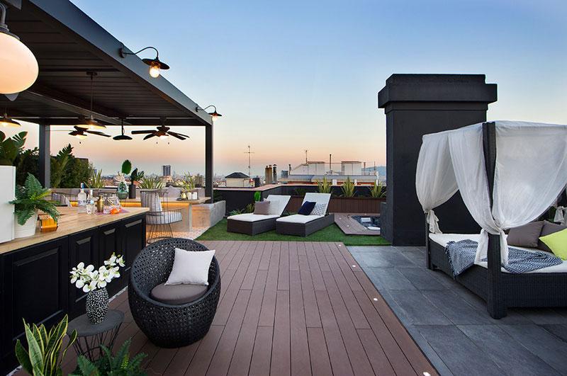 appartement terrasse toit barcelone 4 - Terrasse avec Jacuzzi sur les Toits d'un Appartement à Barcelone
