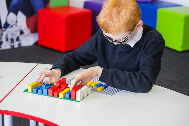 Lego briques braille, Lego en Braille pour Enfants Aveugles et Malvoyants