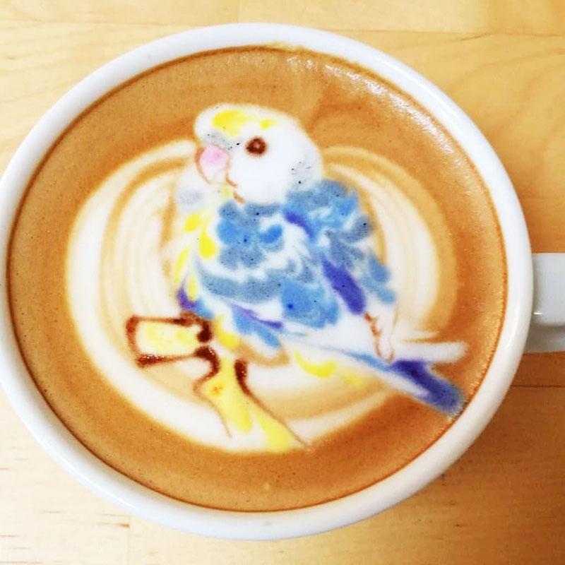 latte art oiseaux dessins cafe lait 3 - L'Art de Dessiner des Oiseaux dans du Café au Lait