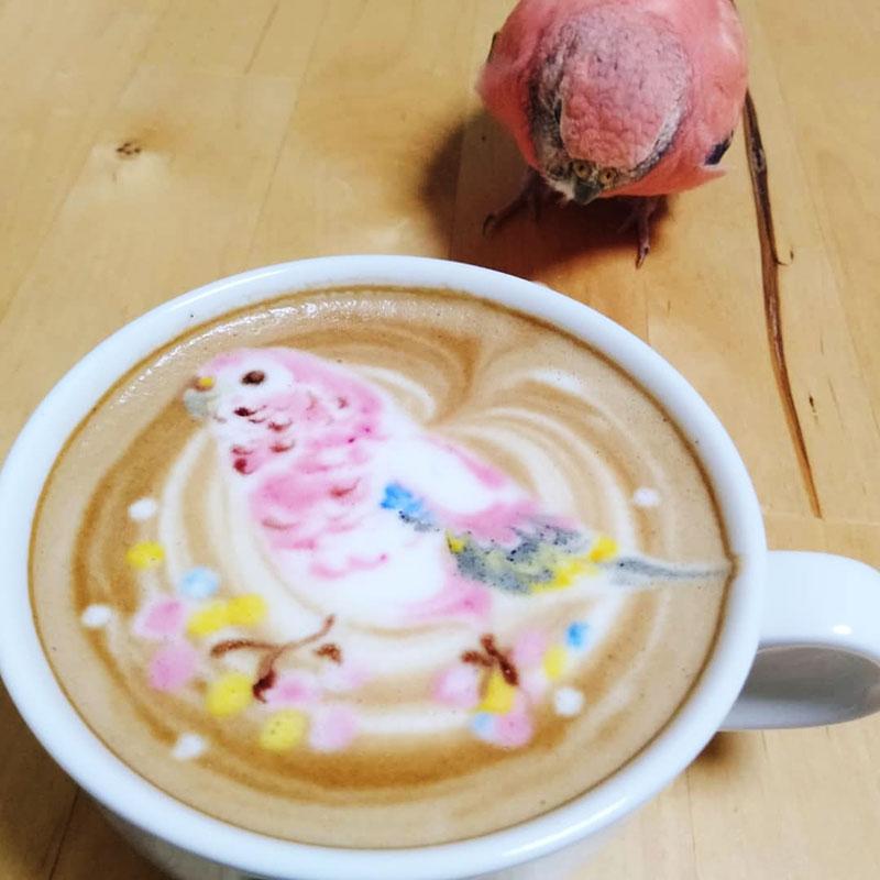latte art oiseaux, L'Art de Dessiner des Oiseaux dans du Café au Lait