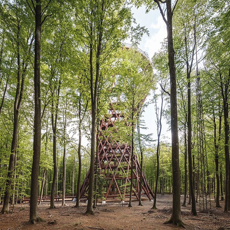 tour observatoire forêt, Dans la Forêt Danoise une Tour Observatoire de 45 m Ouvre au Public