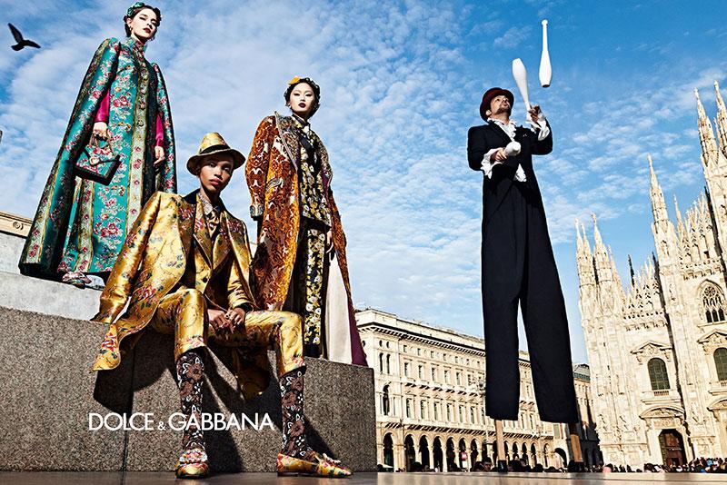 dolce gabbana femme hiver 2019 2020 07 1 - La  Femme Dolce & Gabbana en Visite à Milan cet Hiver
