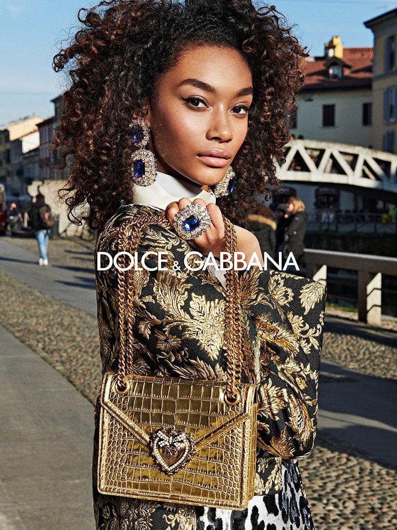 dolce gabbana femme hiver 2019 2020 09 1 - La  Femme Dolce & Gabbana en Visite à Milan cet Hiver