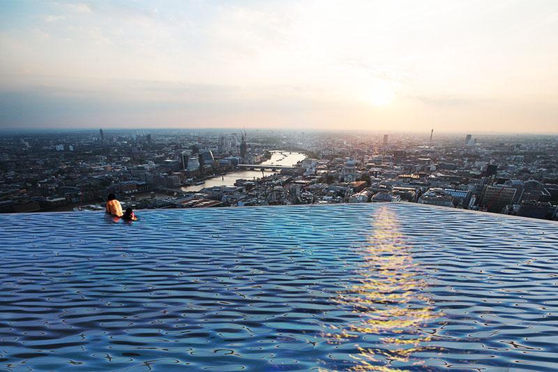 piscine debordement toit hotel luxe infinity londres 2 - Piscine à Débordement sur le Toit d'un Hotel de Luxe à Londres