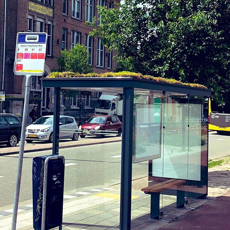 arrets de bus refuges abeilles utrecht 01 - 316 Arrêts de Bus Transformés en Refuges pour Abeilles aux Pays-Bas