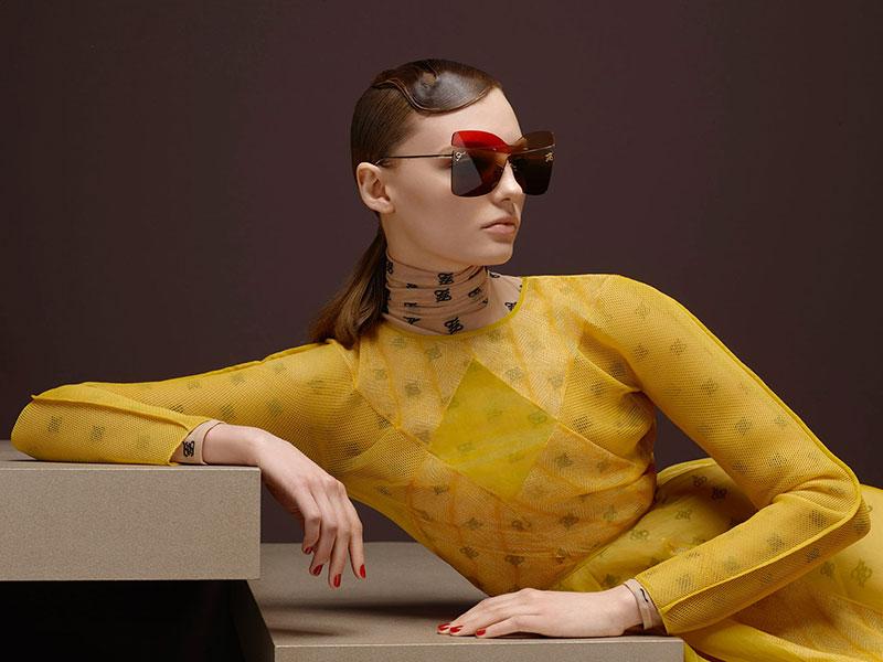 fendi femme campagne hiver 2019 2020 02 - Un Hiver Rétro et Classique pour la Femme Fendi