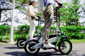yamaha tritown trottinette electrique 3 trois roues japon 02 331x219 - Yamaha Tritown, la Trottinette Electrique à 3 Roues Arrive (video)