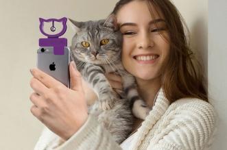 cat selfie accessoire smartphone iphone chat 03 331x219 - Cat Selfie pour des Photos Parfaites avec votre Chat