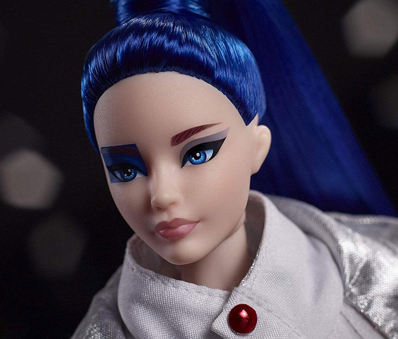 poupee barbie star wars darth vader r2 d2 leia 03 - Star Wars avec Barbie en Darth Vader, Leia et R2-D2