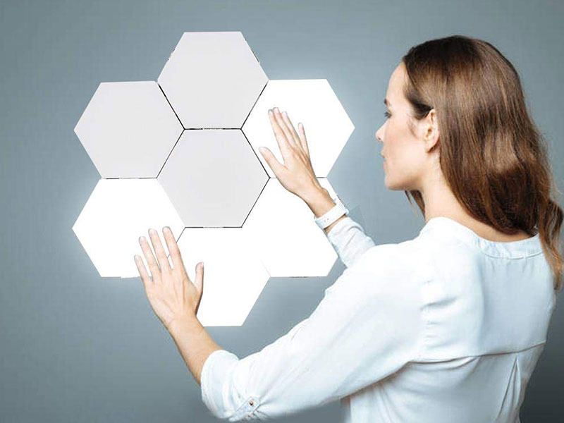 quantum lampe led modulable connectee hexagonale kit 01 - Quantum, Lampe Hexagonale Tactile et Modulable (video)