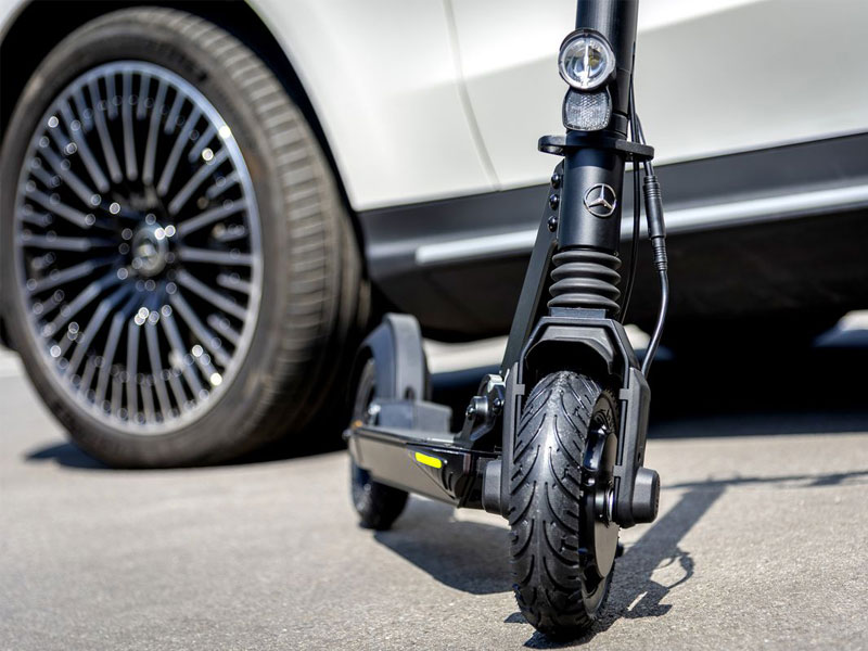 Trottinette Mercedes-Benz, Trottinette Electrique Mercedes-Benz signée Micro Mobility