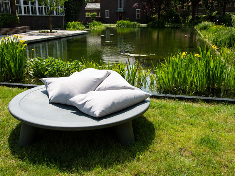 flying dishman daybed, The Flying Dishman, le Lit d'Extérieur Daybed tout en Rondeur
