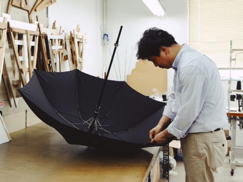 parapluie connecté, Baobab Brolly, le Parapluie Connecté à Poignée Interchangeable (video)