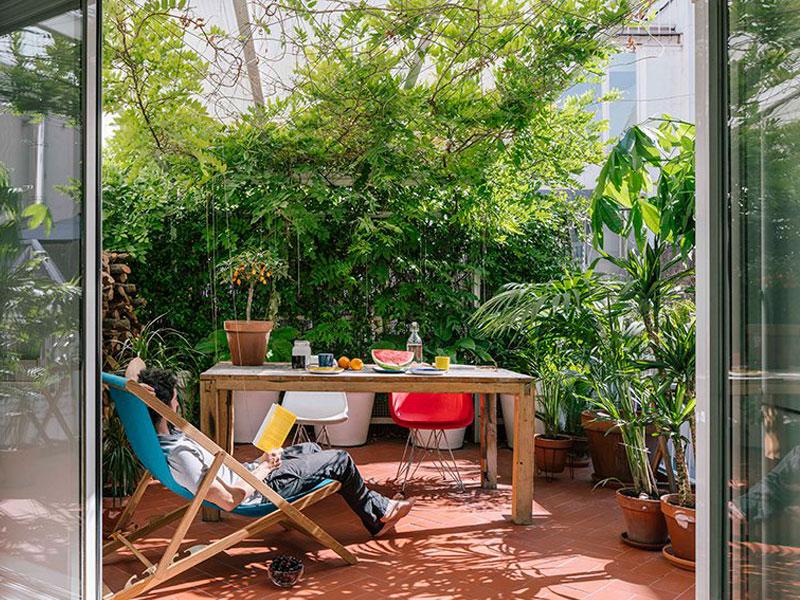 G House Madrid terrasse, G House à Madrid, un Appartement avec Terrasse et Verdure