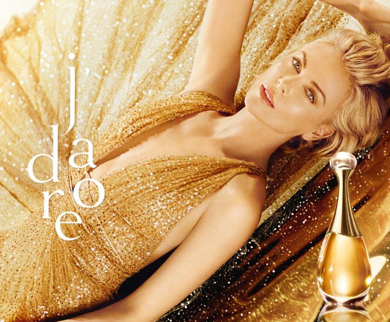 parfum Dior J'Adore campagne, Pour le Parfum Dior J'Adore Charlize Theron est Scintillante 2019