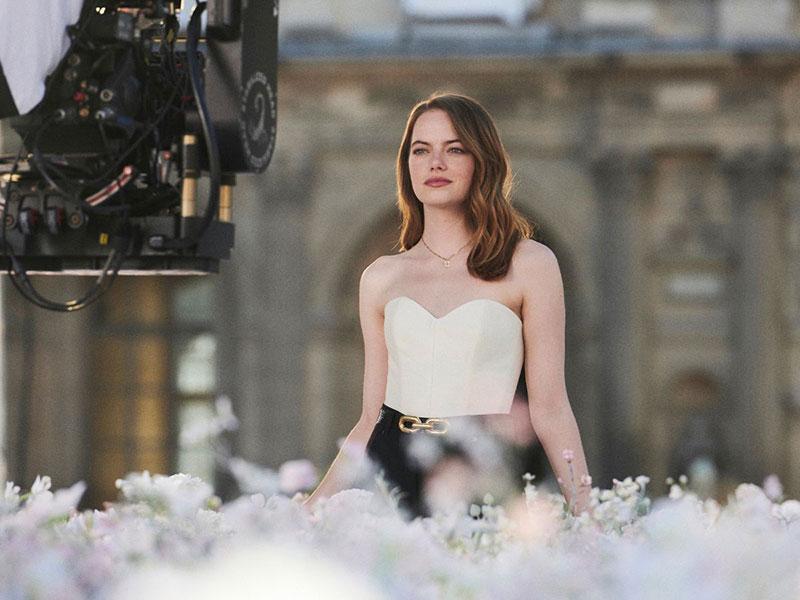 Louis Vuitton Coeur Battant parfum, Louis Vuitton Coeur Battant Met au Parfum Emma Stone