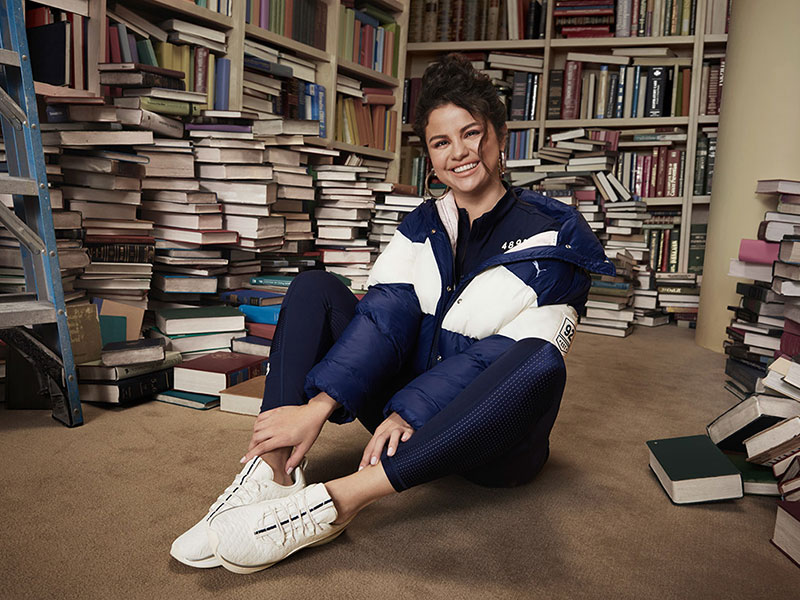 Puma Selena Gomez automne 2019, Pour Puma Hiver 2019 Selena Gomez Retourne à la Bibliothèque