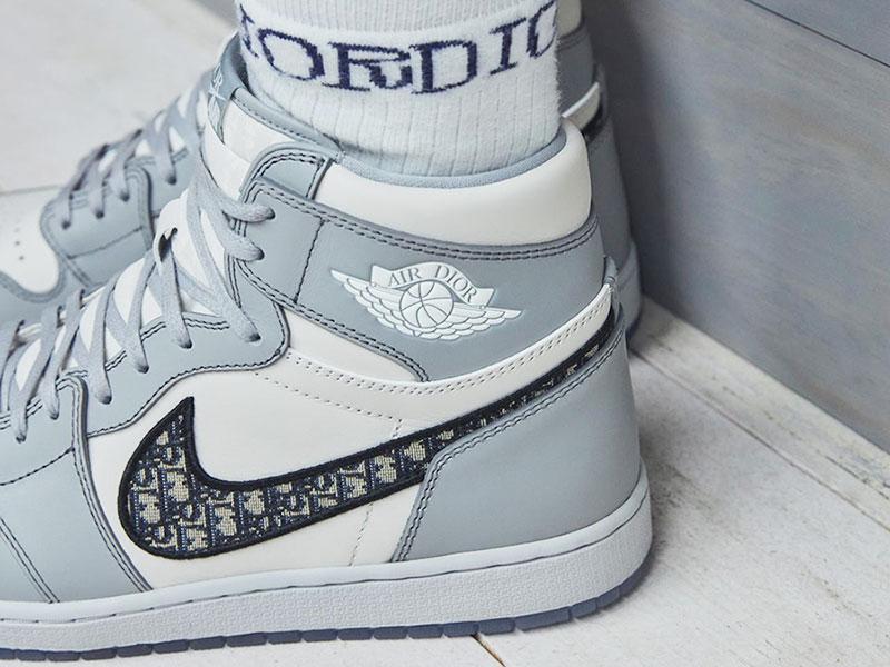 Dior donne aux Baskets Nike Air Jordan 1 une Touche Chic ...