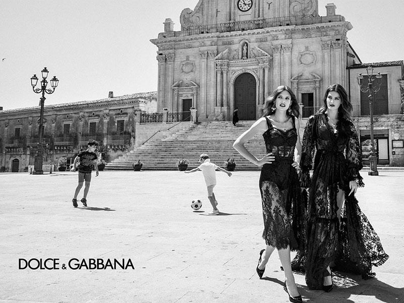 Dolce Gabbana femme été 2020, Dolce & Gabbana Femmes Ete 2020, une Campagne Sicilienne en Noir et Blanc