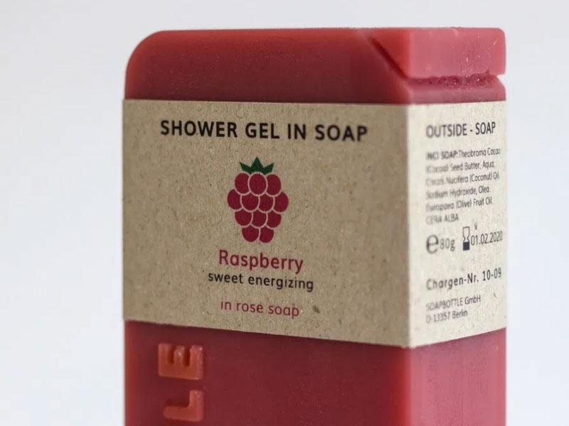 Soapbottle, Soapbottle, Bouteilles de Shampoing en Savon par Jonna Breitenhuber