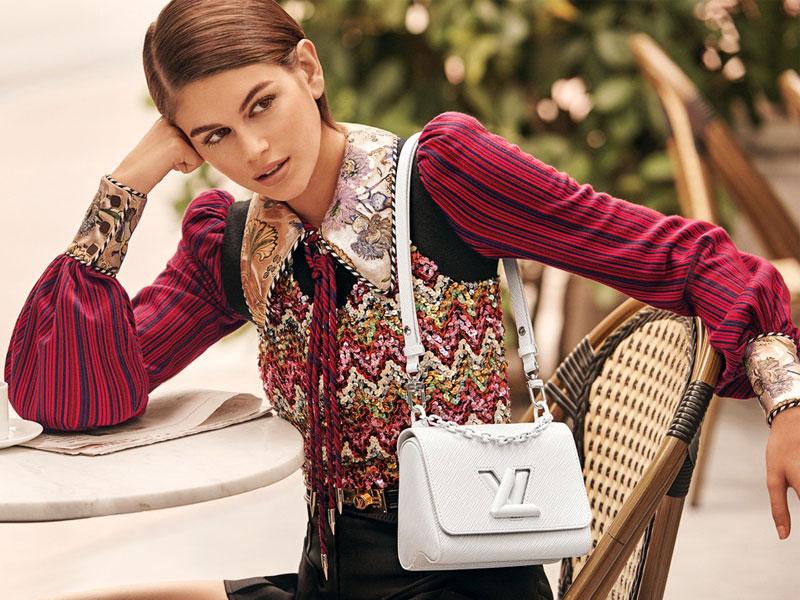 sacs Twist Louis Vuitton été 2020, Les Sacs Twist Louis Vuitton de cet Été pour Kaia Gerber