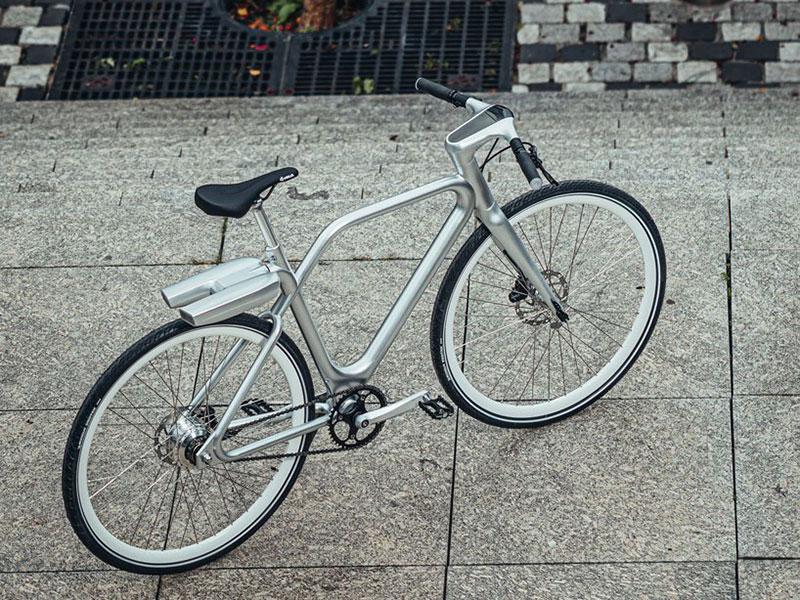 vélo Ora Ito, Angell, le Vélo Electrique Super Léger par Ora Ito
