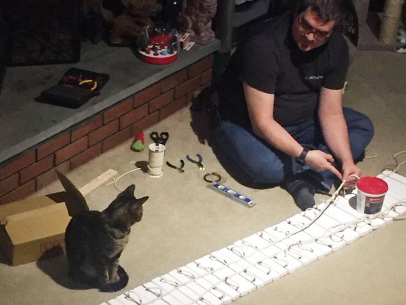 Rob Coutu tours chats, Rob Coutu Construit 2 Superbes Tours pour ses Chats